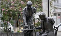Monumento a Noel Rosa sofreu vandalismo Foto: Pablo Jacob / Agência O Globo
