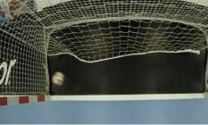O vídeo da Federação Internacional de Handebol com o lance polêmica da partida entre Coreia do Sul e França Foto: Reprodução/IFH