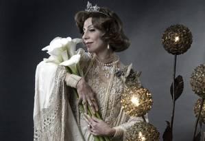 'Gloriosa': Na peça de 2008, a atriz comoveu a plateia com seu potencial múltiplo Foto: Robert Schwenck / Divulgação/Robert Schwenck