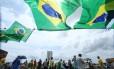 A maioria dos manifestantes de domingo estava vestida com as cores da bandeira brasileira