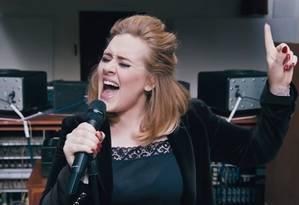 A cantora concorre nas categorias: cantora britânica, album do ano, música do ano e melhor clipe Foto: Divulgação