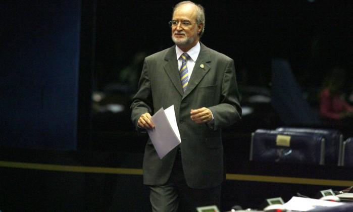Ministro do STJ rejeita recurso e mantém sentença de Azeredo