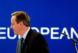 Em encontro com líderes da União Europeia, David Cameron diz achar difícil acordo até fevereiro Foto: ALAIN JOCARD / AFP