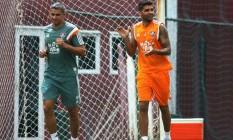 Giovanni corre nas Laranjeiras. Lateral está se recuperando de lesão no joelho esquerdo Foto: Divulgação/Fluminense