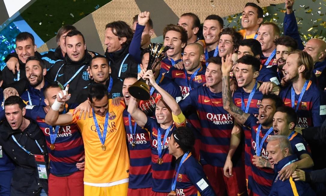 O time catalão conquistou o seu terceiro título mundial ao derrotar o River Plate por 3 a 0 em Yokohama TORU YAMANAKA / AFP