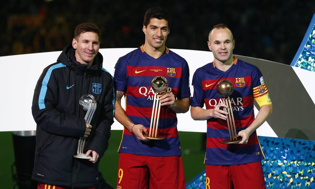 Autor de cinco gols no Mundial, dois na final, Luís Suarez foi eleito o melhor do torneio. Messi foi escolhido o segundo melhor, e Iniesta, o terceiro Thomas Peter / REUTERS