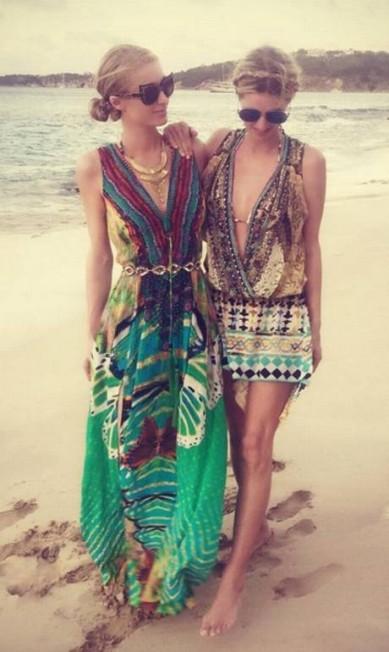As irmãs Paris e Nicky no Caribe Reprodução/ Instagram