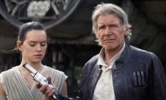 Daisy Ridley e Harrison Ford em 'Star Wars: O despertar da Força' Foto: Divulgação