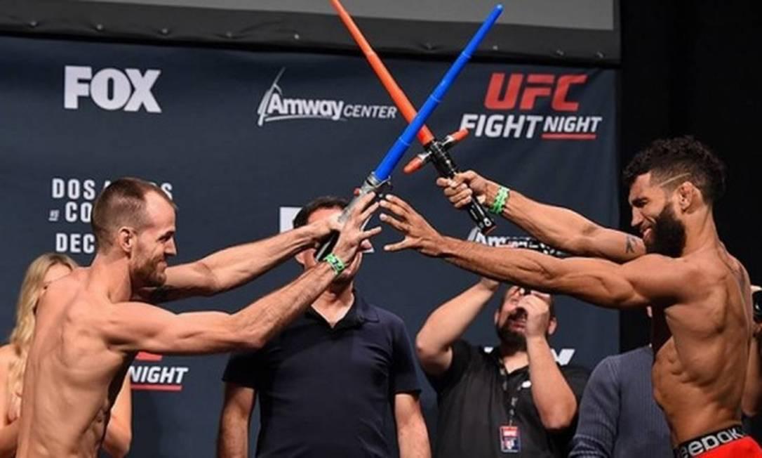 Na véspera do UFC Orlando, no último dia 19, Cole Miller e Jim Alers fizeram uma encarada das mais originais Divulgação - UFC