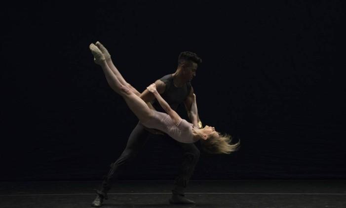 """Dança Sinfônica"" Foto: José Luiz Pederneiras"