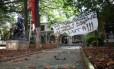 Alunos adiam desocupação da Escola Estadual Fernão Dias Paes, na Zona Oeste de SP