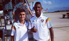 O meia Daniel e o lateral Léo, jovens de Xerém que embarcaram para os Estados Unidos Foto: Divulgação/Fluminense
