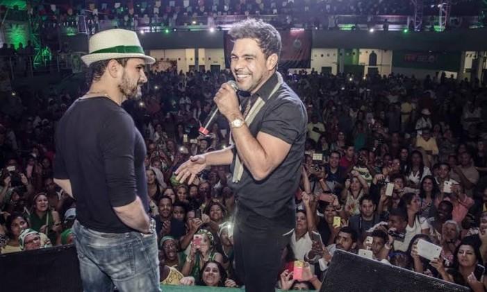 Zezé Di Camargo e Luciano se apresentam na quadra da Imperatriz Leopoldinense Foto: Leandro Ribeiro / Divulgação