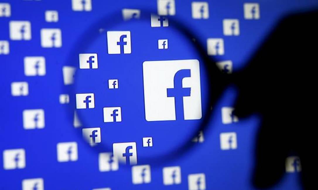 Entre os aplicativos de mensagens, Messenger só perde para o WhatsApp, que também pertence ao Facebook Foto: © Dado Ruvic / Reuters / REUTERS