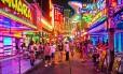 Bangcoc Soi Cowboy, o 'red light district' da capital da Tailândia