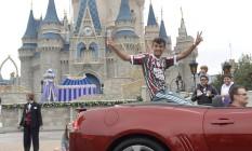 Scarpa na tradicional Parada da Disney Foto: Divulgação/Florida Cup