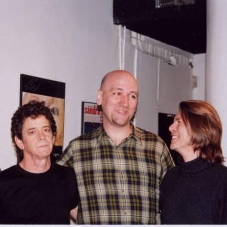 Lou Reed, Mike Marozas e David Bowie no estúdio CSM, em Nova York Foto: Reprodução