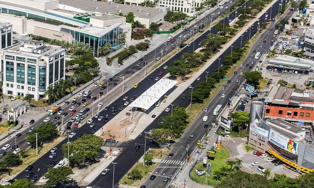 O corredor BRT Transoeste, que será usado por muitos torcedores que forem acompanhar as competições no Parque Olímpico Divulgação/Prefeitura do Rio