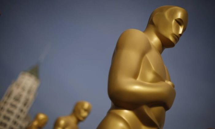 Estatueta gigante do Oscar em Los Angeles Foto: LUCY NICHOLSON / REUTERS