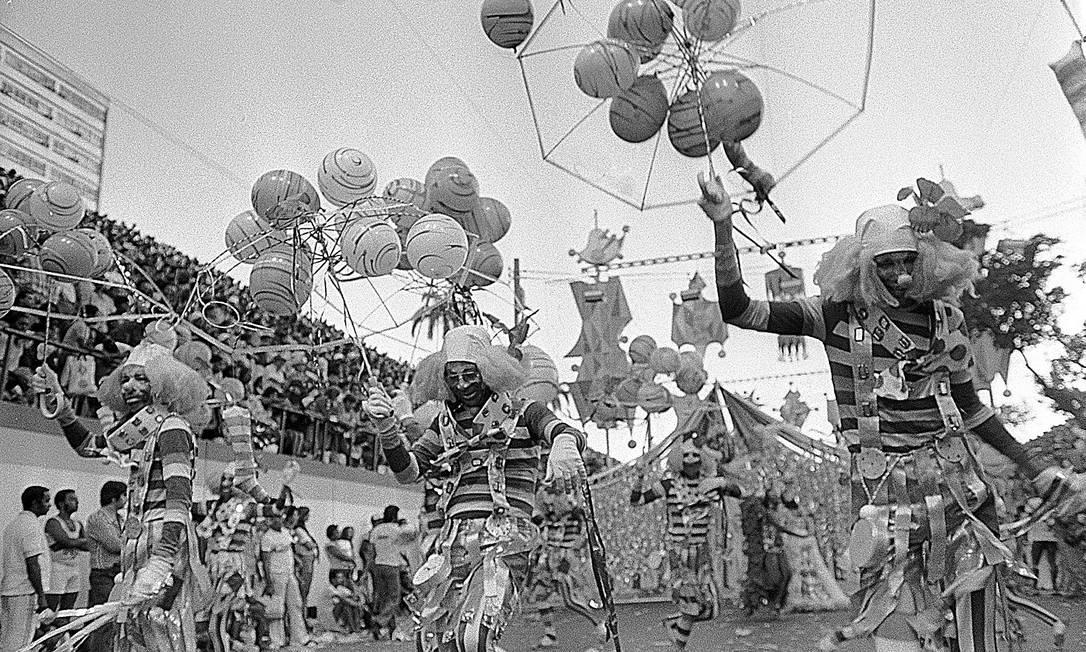 Domingo é dia de circo, dizia a ala Paulo Moreira / Agência O Globo