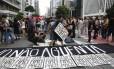 Protesto do Movimento Passe Livre na Avenida Paulista no dia 12