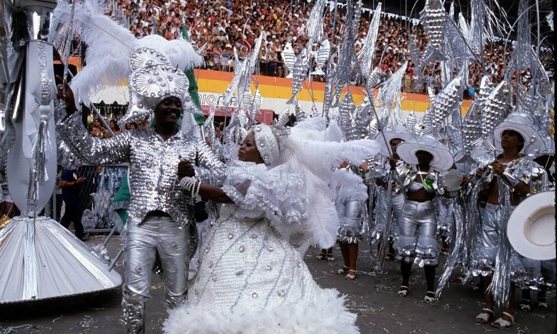Casal à moda antiga no Império Sebastião Marinho / Agência O Globo