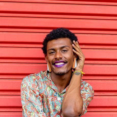 O cantor e compositor paulista Liniker faz sua estreia no Rio Foto: Divulgação