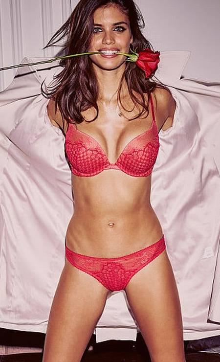 Sara para a Victoria's Secret Foto: Divulgação