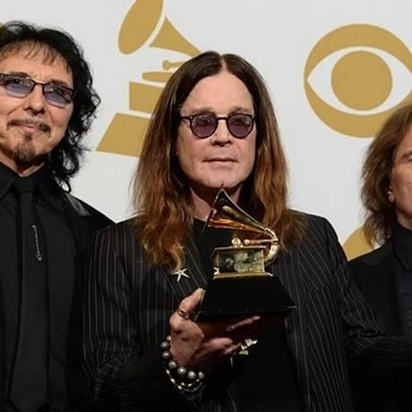 Tony Iommi, Ozzy Osbourne e Geezer Butler Foto: Reprodução/ The Guardian