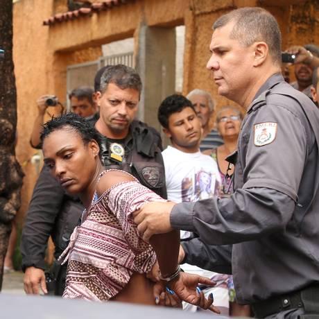 Joelma Souza Silva e Felipe Ramos da Silva foram presos em flagrante Foto: Fabiano Rocha / Agência O Globo