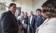 Procuradores realizam vistoria em unidade onde Pizzolato está preso Foto: Gilmar Félix/MPF/Divulgação