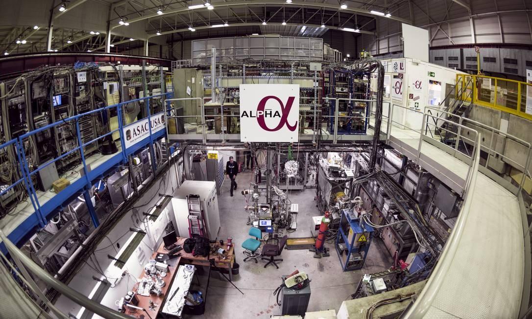 Instalações da colaboração Alpha no Cern: carga do anti-hidrogênio é neutra até o bilionésimo da carga do elétron Foto: Cern