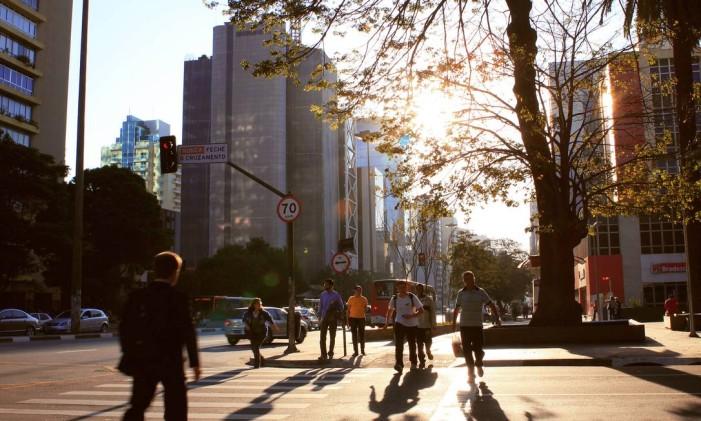Movimentação na Avenida Paulista Foto: CAROLINE COTS / CAIO PIMENTA/SPTURIS.