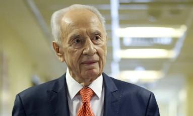 O ex-presidente israelense Shimon Peres foi internado duas vezes em janeiro deste ano Foto: BAZ RATNER / REUTERS