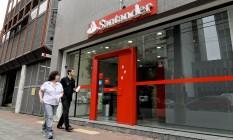 Agência da Santander em São Paulo Foto: Paulo Fridman/Bloomberg