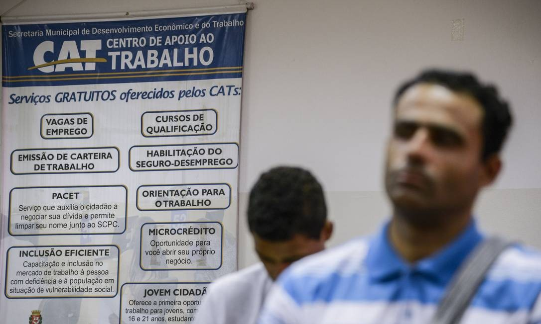 Em São Paulo, centro de apoio ao emprego ajuda trabalhadores a se recolocar no mercado Foto: Paulo Fridman / Bloomberg