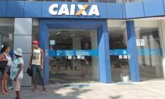 No topo. Caixa é a primeira do ranking entre instituições financeiras mais reclamadas Foto: Cléber Júnior/Extra/24-01-2014