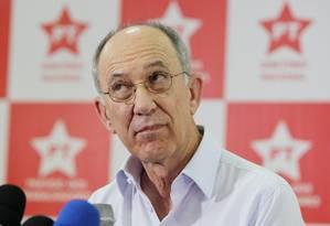 O presidente do PT, Rui Falcão Foto: Michel Filho - 27/10/2014 / Agência O Globo
