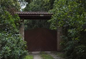 A entrada do sítio Santa Barbara, em Atibaia Foto: Edilson Dantas / Agência O Globo