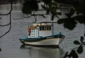 Frota. Barquinhos de pescadores ancorados no Canal de Itajuru Foto: Eduardo Maia / Fotos de Eduardo Maia