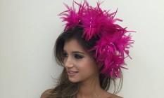 Atemporais. As cabeças de carnaval com plumas nunca saem de moda e são fáceis de usar Foto: Divulgação