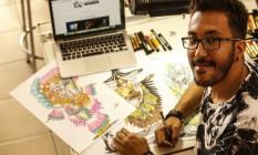 O carnavalesco Jorge Silveira, revelação do carnaval virtual Foto: Guilherme Leporace / Agência O Globo