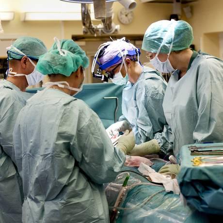 Pesquisa reforça necessidade de descontaminação de instrumentos cirúrgicos Foto: Johan Wingborg/AP