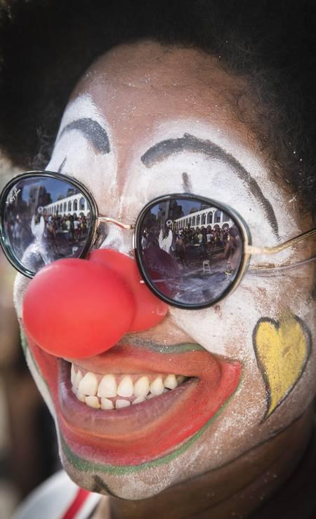 Como sempre, os foliões entraram no espírito da brincadeira Foto: Fernando Lemos / Agência O Globo