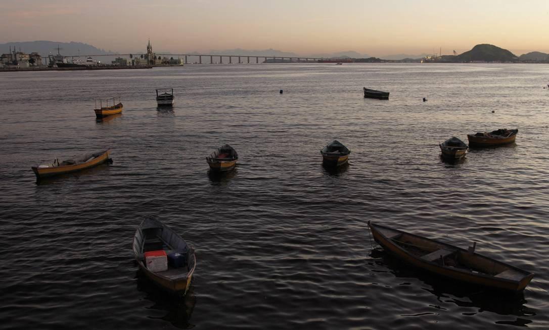 Barcos na Baía de Guanabara Foto: Pedro Teixeira / Agência O Globo