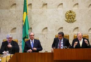 Cunha e o ministro da Justiça na cerimônia de abertura do ano judiciário Foto: Ailton de Freitas / Agência O Globo