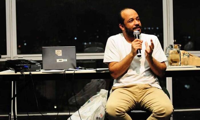 José Fernando de Menezes e o Teatro de Narradores Foto: Andre Stefano / Divulgação