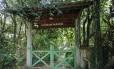 Na entrada de Los Fubangos, que pertence a Lula e Marisa, porteira é baixa e não há campainha