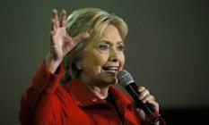 Hillary Clinton faz discurso de campanha em Iowa Foto: JIM BOURG / REUTERS