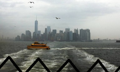 Nova York é encoberta por nuvens Foto: SPENCER PLATT / AFP
